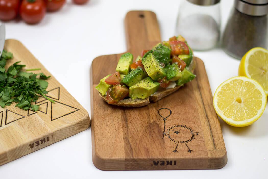 Avocadobrot Holzbrettchen brennen DIY Anleitung - Geschenke für Männer selber machen