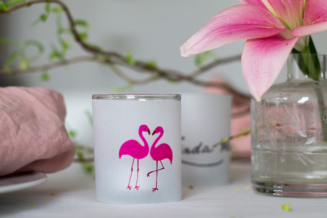 Flamingo Tischdeko DIY Namensschild - D I Y Blog lindaloves.de