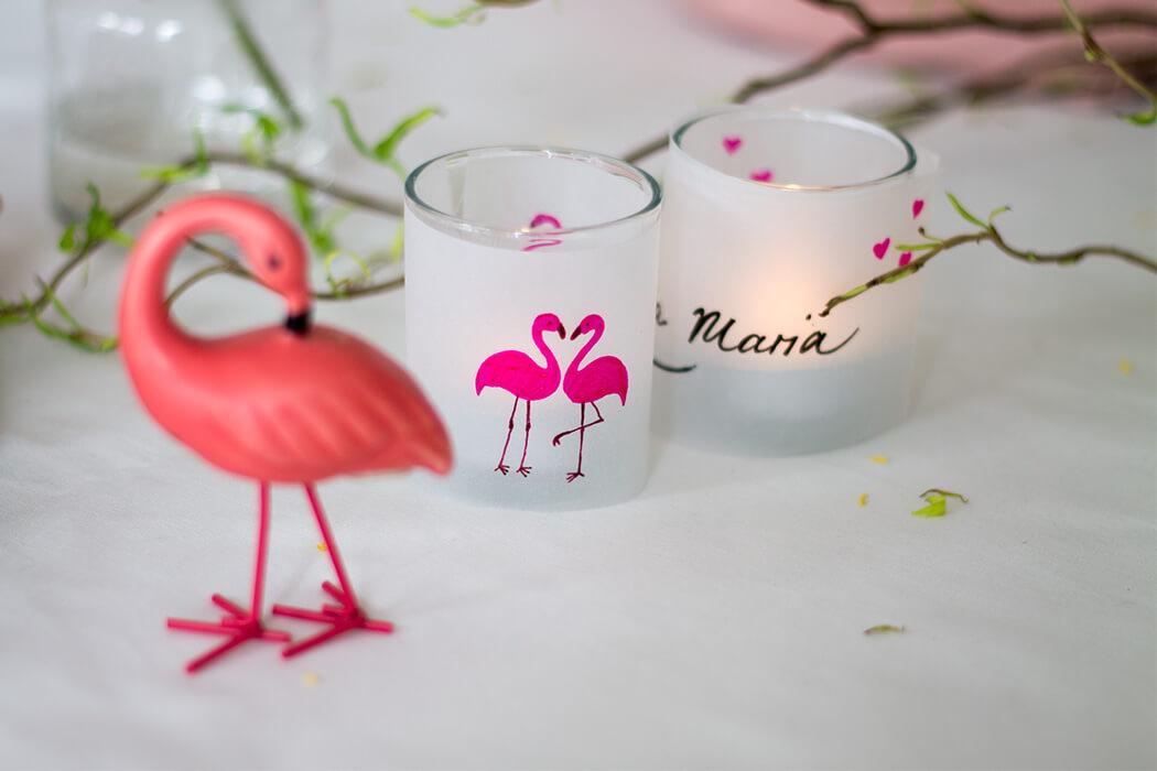 DIY Tischschild Flamingo für Osterbrunch gemalt mit GelPens