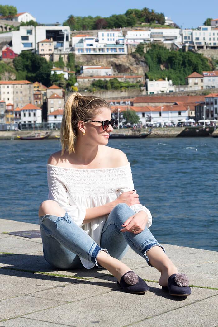 Bommelschuhe selber machen Pompoms Porto DIY Blog lindaloves.de