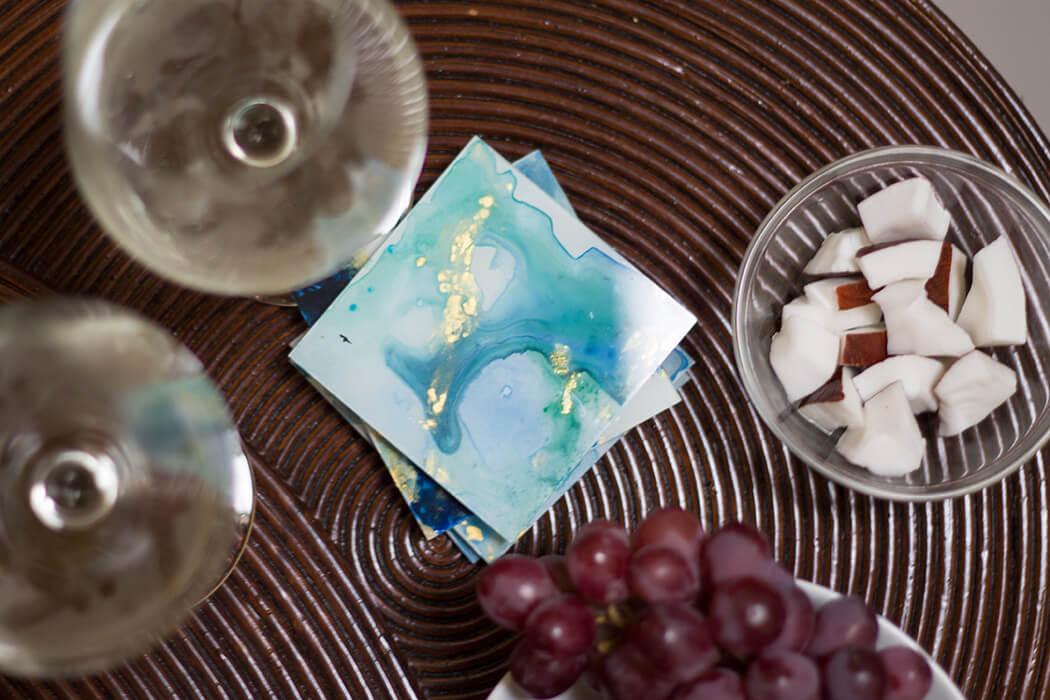 DIY Glasuntersetzer mit Wasserfarbeneffekt aus Bilderrahmen selber machen_ Step by Step Anleitung D I Y Basteln Geschenkidee