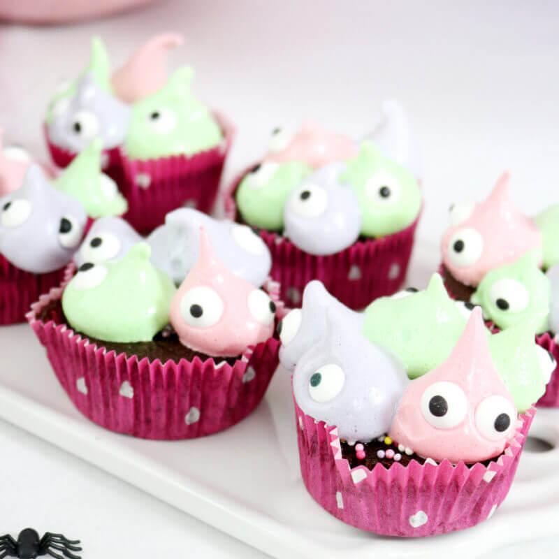 Monster Muffins Cupcake Halloweeen Party DIY Deko Idee selber machen DIY Blog