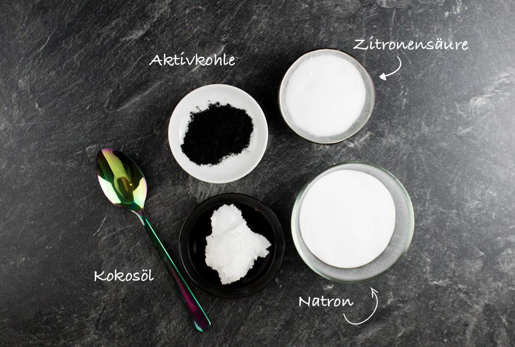 DIY Badebomben selber machen - Aktivkohle Kosmetik für die Haut - DIY Blog lindaloves.de