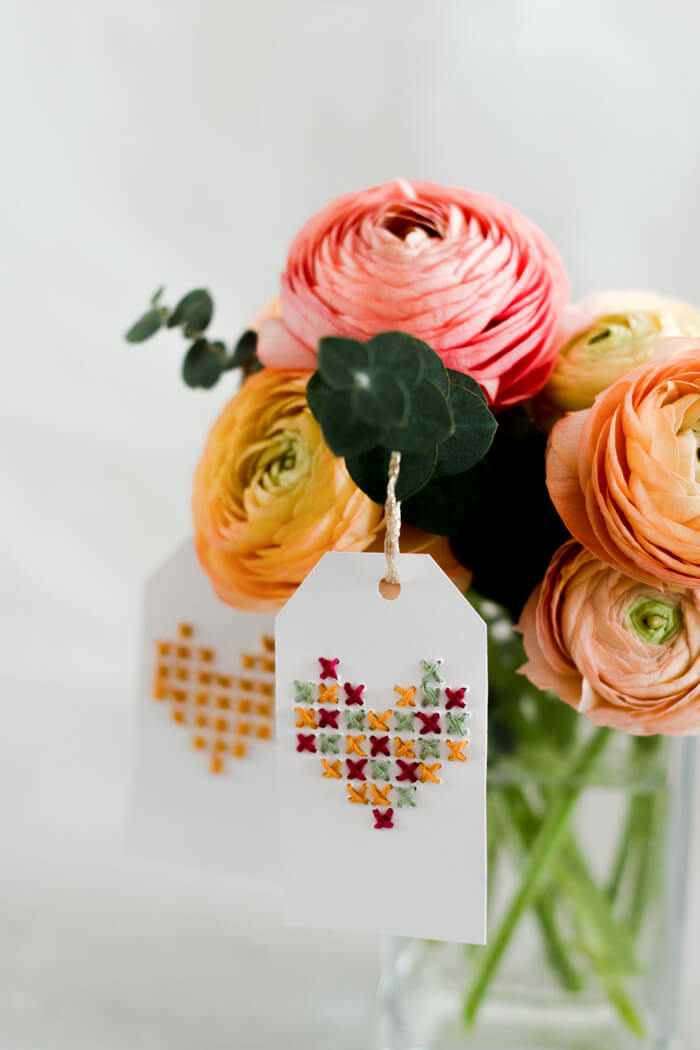DIY Muttertagskarten selber machen Kreuzstich Herz Blumen Muttertagsgeschenk DIY Blog
