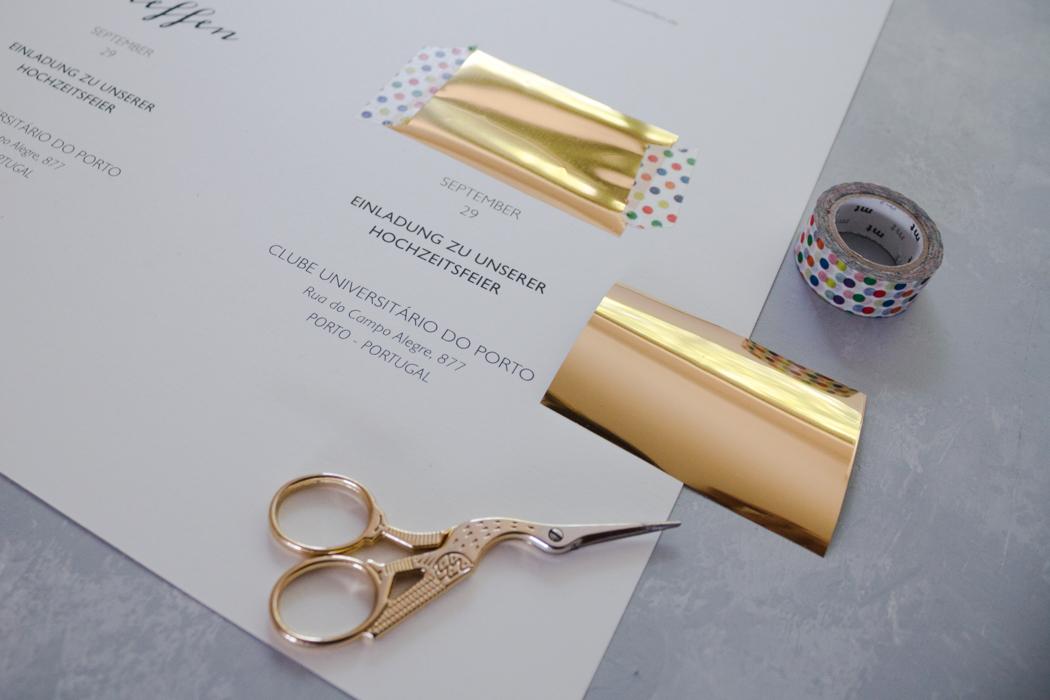 DIY Hochzeitseinladungen selber machen - Einladungskarten basteln - Herbsthochzeit - Schriftzugmit Goldfolie