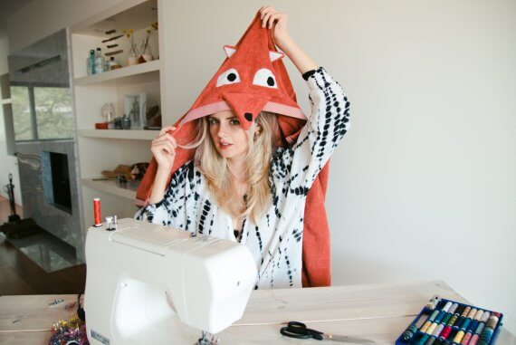 DIY Geschenk zur Geburt - Fuchshandtuch Badetuch für Babys und Kinder selber nähen IKEA Hack